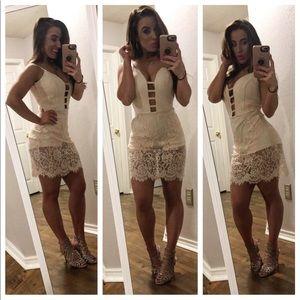 Bebe lace dress!
